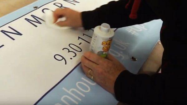 Reusable vinyl banners demostration